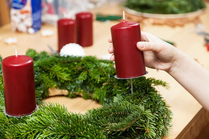 Рождественский венок для свечи своими руками